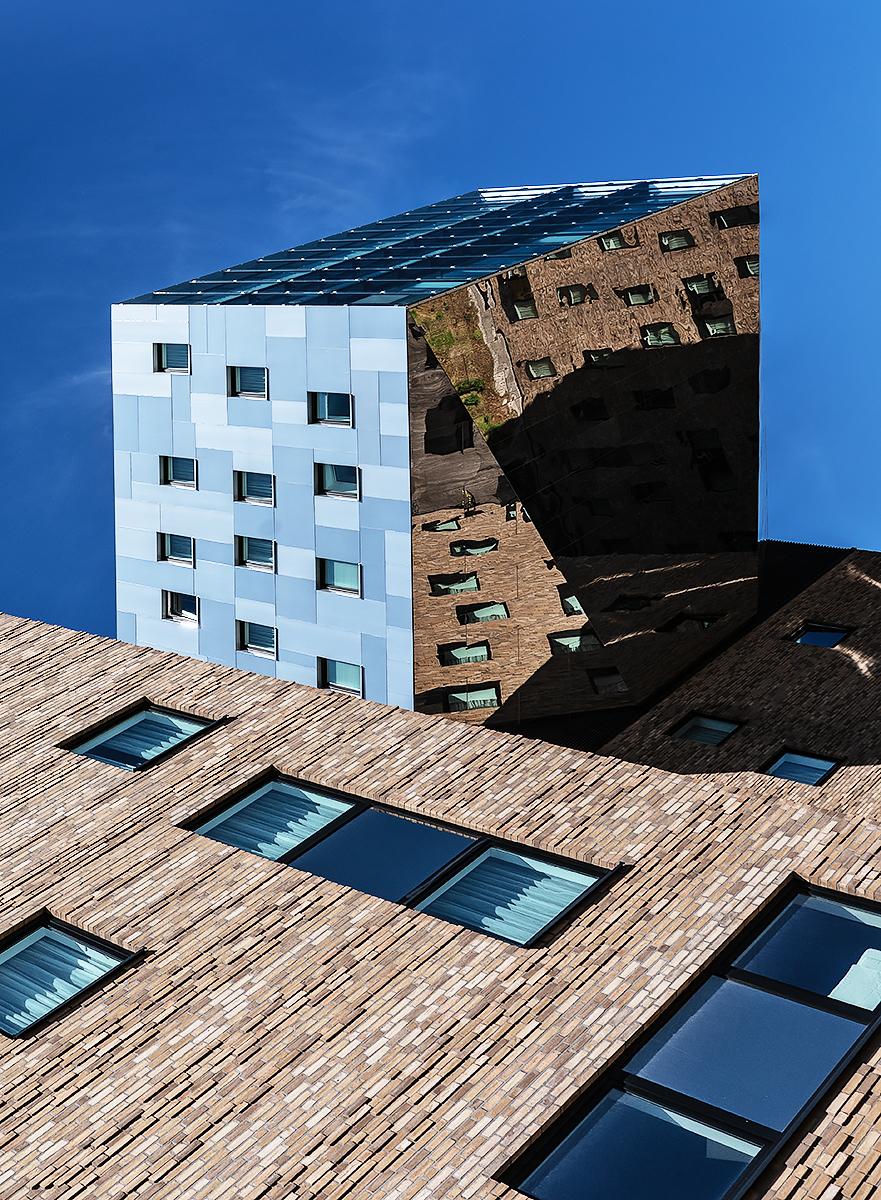 buildings_5489_small_web.jpg